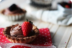 dark chocolate mousse tarte (cucinaecantina) Tags: red food fruit dark dessert strawberry blackberry sweet chocolate tart tarte torta cioccolato pois polkadot mousse foodie fragole minicake fondente tortina