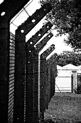 Shooting Capellen-Mamer - 20.08.2016 - 7 (deumter) Tags: luxembourg city black white blackwhite namsa otan nato capellen prison barbed wire fence army europe