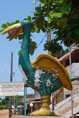 DSC05731 (noémiegirardet) Tags: slaves esclave marche colonialisme souffrance animism vaudou ouidah bénin afrique africa walk ritual totem pelican