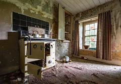 unloved kitchen (dgmann11) Tags: architecture house abandoned decay d7200