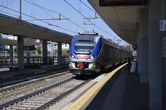 ETR 425.012 SFM7 4777 a Torino Lingotto (simone.dibiase) Tags: etr 425 etr425 lingotto stazione fs ferrovie dello stato trenitalia servizio ferroviario metropolitano linea regionale torino 7 sette 012 4777 4776