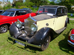 Rolls-Royce 25/30 Saloon (Park Ward) 1938 (Zappadong) Tags: hermannsburg 2016 rollsroyce saloon park ward 1938 zappadong oldtimer youngtimer auto automobile automobil car coche voiture classic classics oldie oldtimertreffen carshow 2530