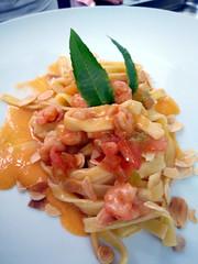 La Marchesa & d'Arapr (Sparkling Wines of Puglia) Tags: party battesimo palazzodarapr tragliatelle pasta gamberi