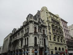 "Montevideo: la Plaza Entrevero <a style=""margin-left:10px; font-size:0.8em;"" href=""http://www.flickr.com/photos/127723101@N04/29668828211/"" target=""_blank"">@flickr</a>"