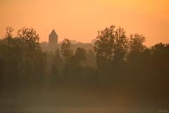 (martine_ferron) Tags: matin leverdesoleil clocher brume automne andouillé mayenne