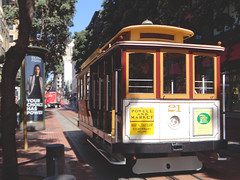 Cable Car - Powell St @ San Francisco, Sep, 2016 (Lucas Vargas) Tags: san francisco sf united states us estados unidos lombard street bay fishermans walf hyde powell union square photgraphy trip vacation 2016 sony hx100v cable car