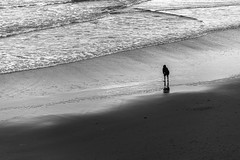 IMG_2055.JPG (esintu) Tags: beach sea sand scheveningen netherlands holland blackandwhite waves