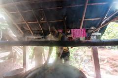the colour man (Kolkata Jukebox) Tags: caning saree kolkata kolkatajukebox jukebox street streetphotography streets kolkatastreet canon travel