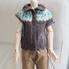 Some knitting (Jay Bird Finnigan) Tags: knitting bjd msd dollstown dt7 fairisle stranded cardigan sweater