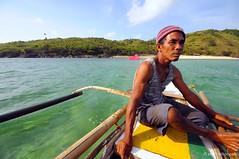 Calaguas (zvillongco) Tags: boat island fisherman sea boatman calaguas bicol philippines