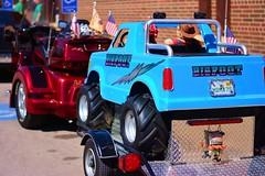 Bigfoot (Bubash) Tags: trailer motorcycle custom paint job travel street wall drug truck