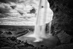Seljalandsfoss (maurime58) Tags: islanda vacanza viaggio cascata bw blackandwhite paesaggi panorama acqua