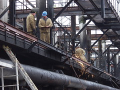 Pouring trestle repair-3 (algimantas_tirlikas) Tags: building chimney construction crane montage mounter pipeline pipes rafinery workman work outdoor