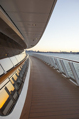 Norwegian Breakaway (terraxplorer2000) Tags: norwegianbreakaway cruise newyork sunset cruiseship