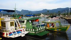 Paraty - Second Day #30 (escailler arthur) Tags: light sky mountain water brasil paraty port landscape boat photo parati ciel bateau paysage brésil océan vancayzeele