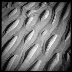 Tr 2 (soilse) Tags: sea blackandwhite beach grass sand colours phone patterns bluesky squareformat phonecamera gaeltacht phoneimage mobilecamera mobilephonecamera app buoy cellphonecamera iphone gaothdobhair farraige tr anghaeltacht dnnangall iphonecamera iphoneapp iphonography hipstamatic hipstamaticapp hipstamaticcamera iphoneogrphy gainnimh trmhachairegathln anchidhr