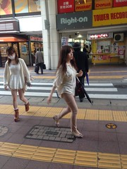 2013-05-21 16.12.38 (jkairvar) Tags: street people woman japan portraits fukuoka tanjin