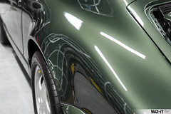 964targa-53 (Wax-it.be) Tags: roof detail reflection green shine convertible porsche gloss cabrio waxing perfection speedster targa detailing 964 swissvax waxit