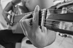 Dani tocando. (cabrera.photo) Tags: music guitarra música tocar
