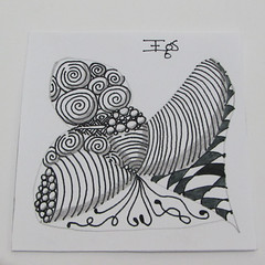 Zentangle - Day 5 (emanuellelena) Tags: desenho zentangle isochor printtemps shattuck knightsbridge fescu tipple day5 emanuelleelena manaus amazonas brasil brazil