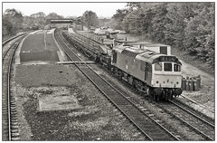 Rail by rail (geoff7918) Tags: rail dorridge 25083 10051975 station signalbox
