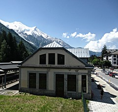 Chamonix (AmyEAnderson) Tags: trainstation station mountains mountainside town chamonix france europe alps rhonealpes montblanc scenic