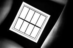LV (Jeff Heurteur) Tags: fondationlouisvuitton fondation louis vuitton paris fenetre windows architecture minimal minimalism minimalisme abstrait abstract monochrome monochromie monochromy canon300v kodaktmax400 canon50mmf18 black blanc blackandwhite blackwhite noir noirblanc white bw nb film analog analogique 35mm
