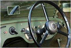 steering wheel (HP015387) (Hetwie) Tags: heather natuur posbank austin8tilly veluwe leger armycar heide olsmobile army nature austin auto car jeep planten rheden gelderland nederland