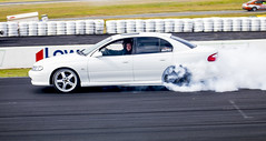 Burning tyres (Vinu Joy) Tags: commodore burning smoking winton wintonraceway whit v6