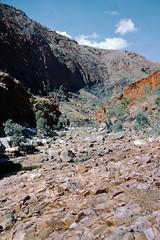 Near Serpentine Waterhole (Stefan Ulrich Fischer) Tags: 35mm australia analogue scanned oz minoltaxd7 slide northernterritory downunder outback kodakektachrome simpsongap