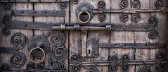 Door (Jordi Ramon Fotografia) Tags: esponell catalonia door wood ironworks