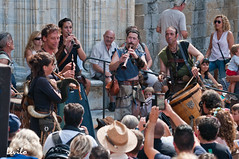 Terra de Trobadors - 2016 (levilo) Tags: musicos medieval feria gente fiesta catalunya espaa spain levilo pentax besal garrotxa fadaverda