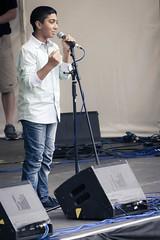 Pallav Roy (Roger Hanuk) Tags: groupofpeople boy boys children england peacegardens sheffield singer southyorkshire stage tramlines unitedkingdon uk