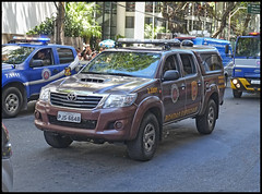 (wilphid) Tags: salvador bahia brasil brésil 7desetembro fêtenationale défilé armée véhicules militaire police rue