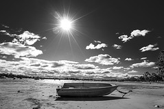 DSC01511 (Damir Govorcin Photography) Tags: sun clouds boat sand water zeiss 1635mm sony a7ii natural light landscape