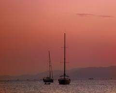 Cuando muere el da (saparmo) Tags: mar atardecer sol agua naranja color barco marina murcia cartagena azoha mazarron seascape water sunset boat ocean sea