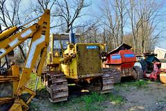 Fiat Allis AD20 (riccardo nassisi) Tags: car wreck rust rusty relitto rottame ruggine ruins scrap scrapyard sfascio sfasciacarrozze epave escavatore excavator hydromac abbandonata abbandonato abandoned auto