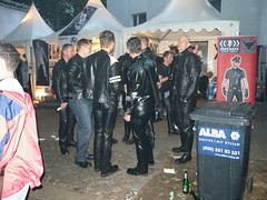 Folsom Berlin 2009 - 4044 (blacknshiny) Tags: leatherman folsom leatherjeans fullleather leather