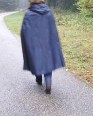 Rainmac-blau-IMGP0102 (Umhaenge2010) Tags: cape cloak cloack umhang regenumhang raincape capeimpermable