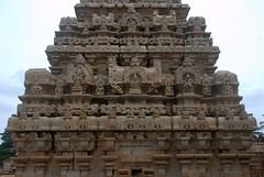 Carvings on the Gopuram (VinayakH) Tags: bhoganandeeshwaratemple karnataka india temple nandihills chikkaballapura chola ganga hoysala tipusultan religious historic