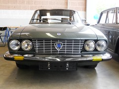 Lancia Flavia 2000 Coupe (1969-1973) (Transaxle (alias Toprope)) Tags: auto show berlin classic cars beauty car vintage nikon power antique voiture historic coche soul classics oldtimer bella autos veteran macchina coches voitures toprope antigo antigos oldtimershow glien paaren 2013