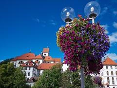 Altstadt von Fussen (Luminator-Blickwinkel) Tags: oberbayern fussen ostallgau verwaltungsgebaudeinfussen