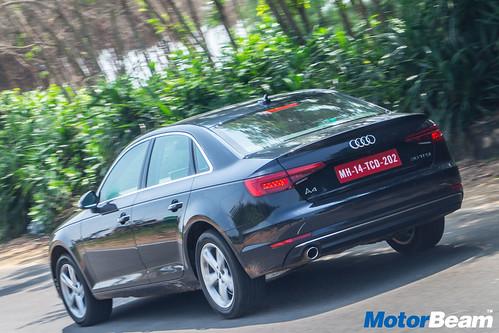 2016-Audi-A4-29