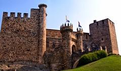 CASTILLO DE PONFERRADA LEON 6526 14-8-2016 (Jose Javier Martin Espartosa) Tags: castillodeponferrada ponferrada castillayleon espaa spain