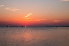 El final del verano. (dearwalrus) Tags: canon 70d samyang 10mm f28 marqus mallorca majorca sol sun atardecer sunset playa platja beach coloniastjordi
