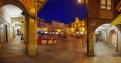 Plaza Mayor Orense (puma3023) Tags: plaza mayor orense arco azul hora arquitectura galicia espaa digitalcameraclub ourense