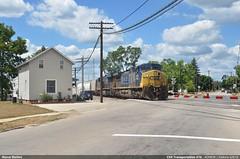 Door to door (Marco Stellini) Tags: csx transportation ohio us railroad railways fostoria ac4400cw ac44cw general electric