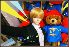 Selfie with Paddington Bear (Wanda 火箭) Tags: paddingtonbear paddington bjd iplehouse nyid eddie london