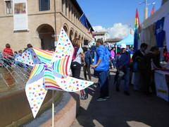 girandola per la pace,  Irene (Pivari.com) Tags: girandolaperlapace irene colori cuoricini