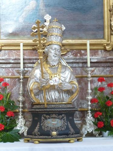 Papst auf einem Seitenaltar von Kloster Andechs.